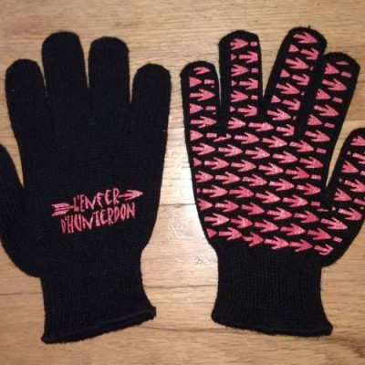 HoH Glove Cropped